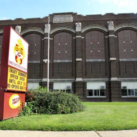 Estancia escolar en una escuela pública católica en Ontario.