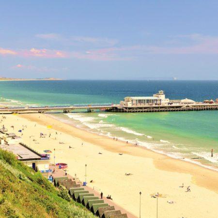 Inglés y actividades para jóvenes en Bournemouth